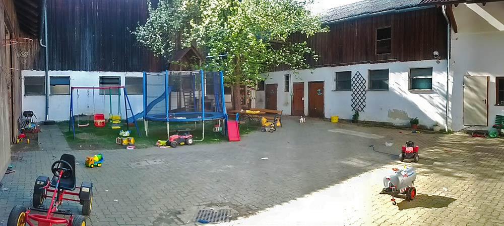 Kinderbauernhof Zeilinger Innenhof - Foto: Thomas Reicher
